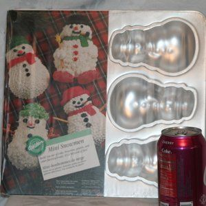 Vintage Mini Snowman shaped Wilton Cake baking pan
